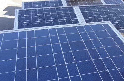 屋根上のソーラーパネルを自宅改装ついでに、安全でメンテ可能な場所へ移設しパネル増設。