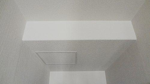 天井に点検口を取付け