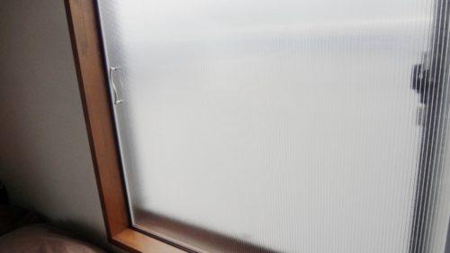 断熱 防寒 結露防止 二重引き戸追加と調光ブラインド