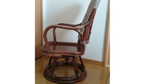 回転座椅子を座りやすいよう高くした。